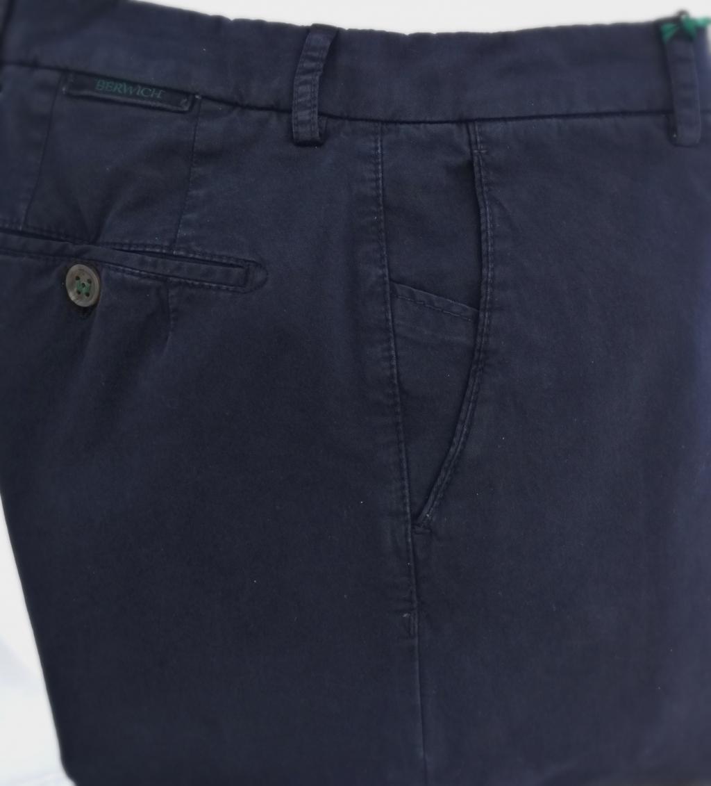 Berwich, pantalone uomo mod. SC reg, vestibilità regolare, taglia regolare, colore blu navy