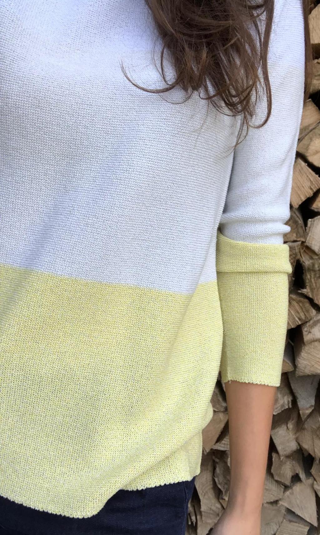 Maglia mod. S. 2115136, donna. Scollo a barchetta, bicolore.